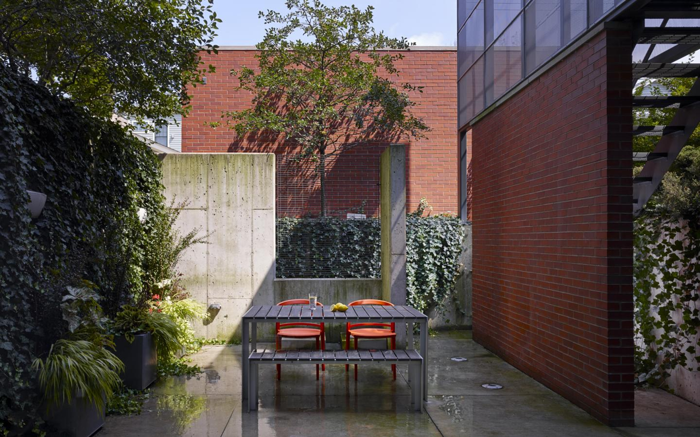 Claremont House: Private Patio