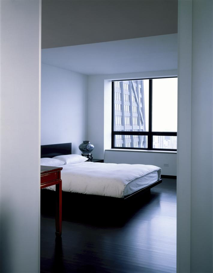 Weiss Apartment: Bedroom