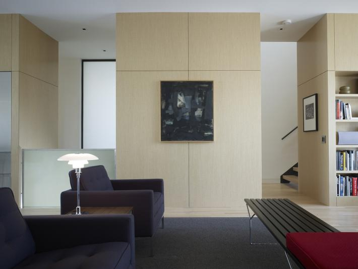Claremont House: Seating